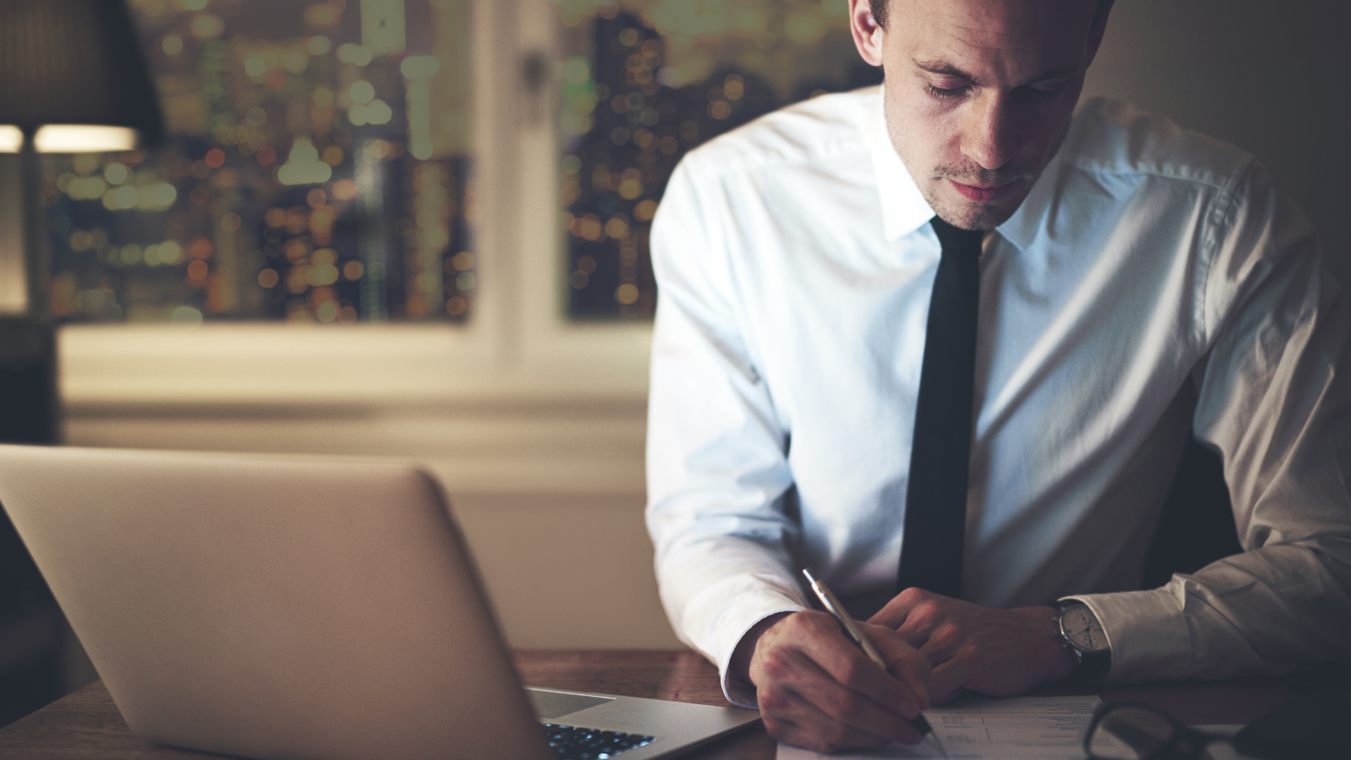Montrer un expert-comptable de confiance